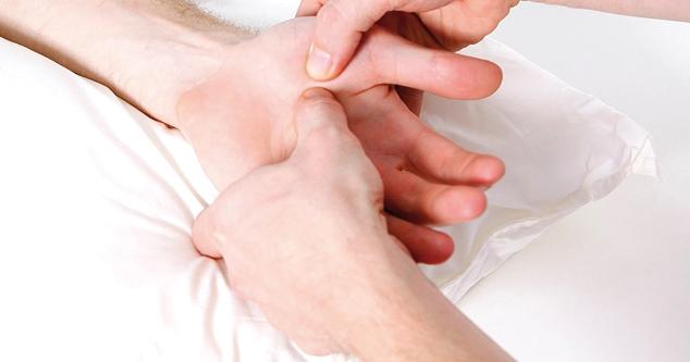 Malattia di Dupuytren: <BR>collagenasi ok, ma…