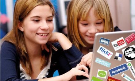 Bambini, adolescenti e web:<BR>opportunità e rischi